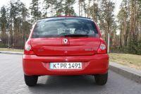 Renault-Clio04