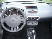 Renault-Wind13