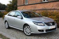 Renault-Latitude02