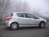 Peugeot-308-02
