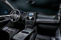 Lancia-Voyager5