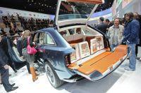 Bentley-suv-genf2