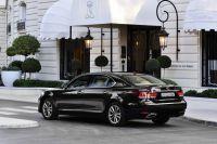 Lexus-LS-2