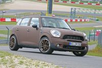 Mini-Cooper-S-All4-Countryman-6