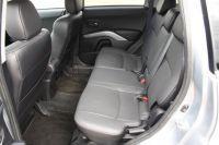 Mitsubishi-outlamder13