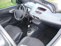 Renault-Wind02