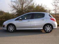 Peugeot-308-03
